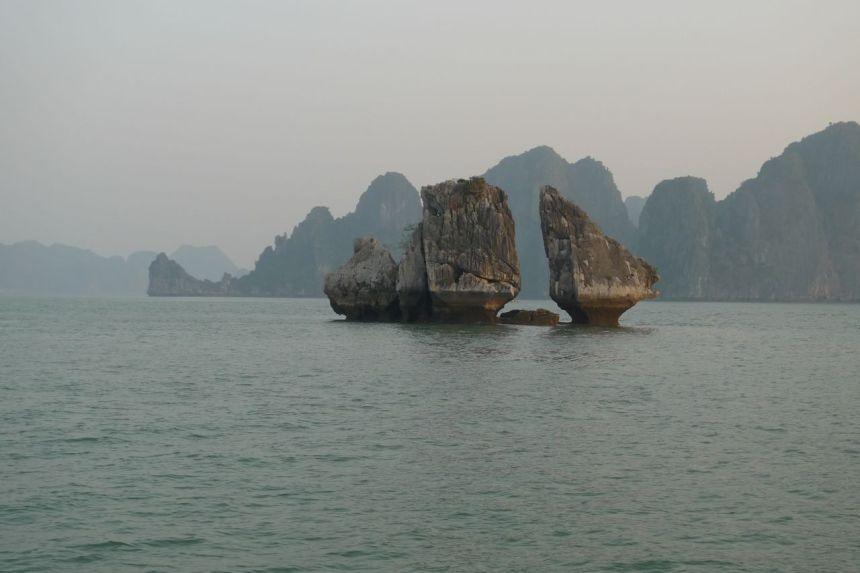 Cock Fighting Islet, Ha Long Bay