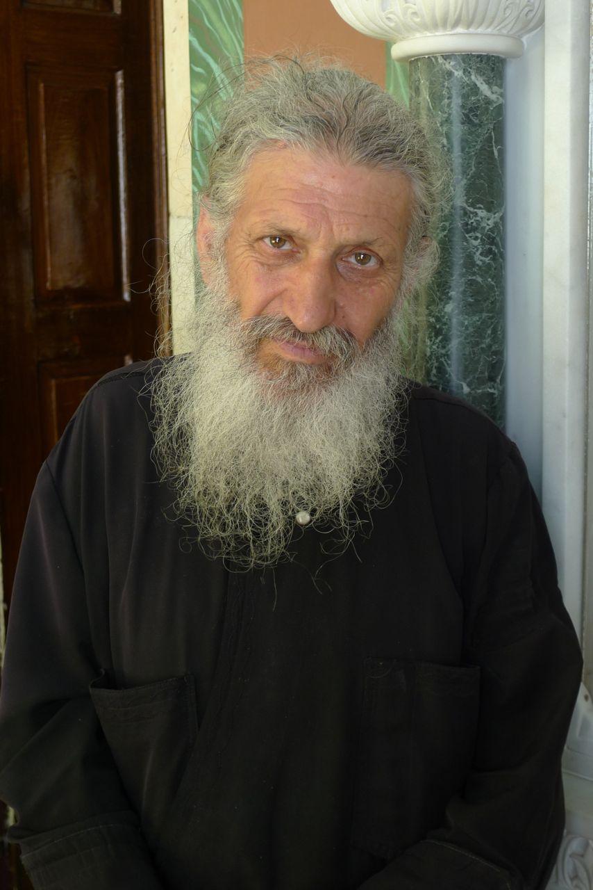 Priest, Syros
